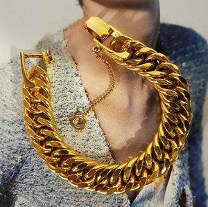 Vintage Curb Chain Goldtone Bracelet
